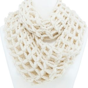 Accessories - 🆑 Super Soft Waffle Knit Infinity Scarf